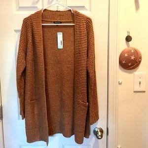 Nouri Textured Two Pocket Cardigan. Size — Small NWT